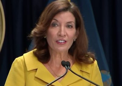 Gov. Hochul Apologizes to Family Members of Those Who Died of COVID in Nursing Homes – NBC New York